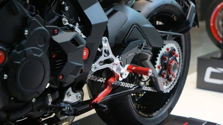 Best Motorcycle Chain Cleaner and Kits to Keep You Rolling Along