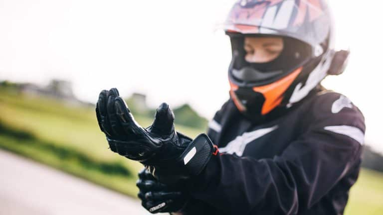 Best Women's Motorcycle Gloves [Our Top 6 Picks for 2021]