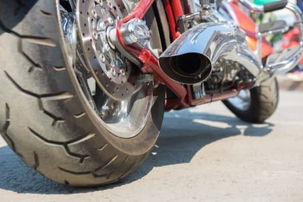 What Do Baffles Do on a Motorcycle - motorbike with exhaust pipe baffles